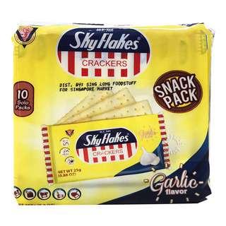 M.Y. San Sky Flakes Crackers Snack Pack - Garlic