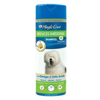 Four Paws Reduces Shedding Shampoo