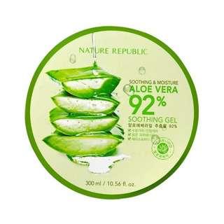 Nature Republic Soothing & Moisturizing Aloe Vera Gel 92%