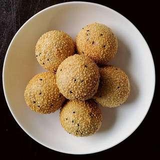 KiomKee Sesame Ball (Red Bean)