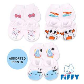 Fiffy Mittens & Bootees Set