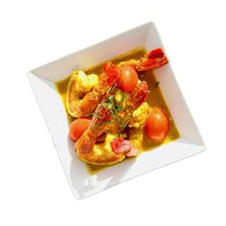 Meals In Minutes Coconut Turmeric Prawns