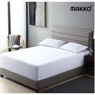 Makko Waterproof Mattress Protector - White - Queen